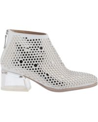 Laura Bellariva Ankle Boots - White