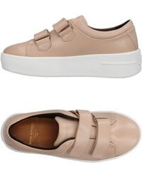 Royal Republiq Low-tops & Trainers - Pink