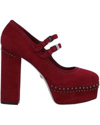 Le Silla Court Shoes - Red