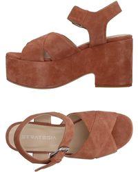 Strategia Sandals - Brown