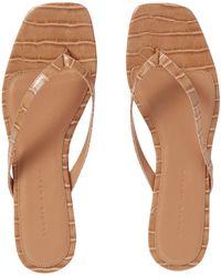 STUDIO AMELIA Toe Strap Sandals - Brown