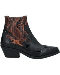Janet & Janet Ankle Boots - Brown
