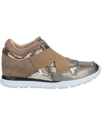 Guess Low Sneakers & Tennisschuhe - Mehrfarbig