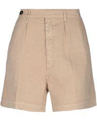 TRUE NYC Shorts & Bermuda Shorts - Natural
