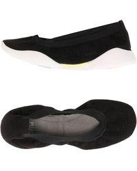 Pleats Please Issey Miyake Ballet Flats - Black