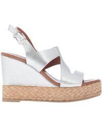 Inuovo Sandals - Metallic