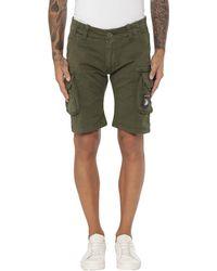 Alpha Industries Shorts & Bermuda Shorts - Green