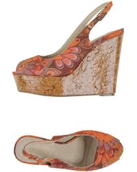 Osey Sandals - Orange
