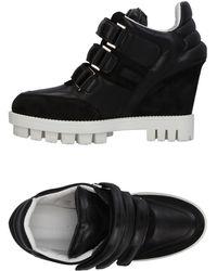 Katie Grand Loves Hogan Low-tops & Sneakers - Black