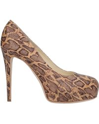 Brian Atwood Court - Natural