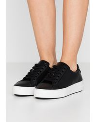 MICHAEL Michael Kors Kirby Lace Up - Trainers - Black