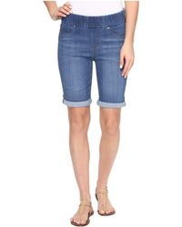 Liverpool Jeans Company - Sienna Pull-on Rolled-cuff Bermuda In Silky Soft Denim In Coronado Mid (coronado Mid) Women's Shorts - Lyst