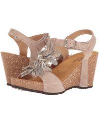 Spring Step - Izetta (beige) Women's Shoes - Lyst