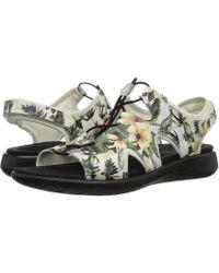 f2c8b7e114e8 Ecco - Soft 5 Toggle Sandal (black Cow Leather cow Nubuck) Women s Sandals