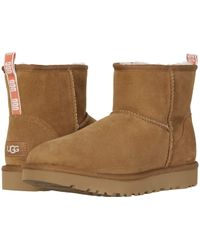Ugg Classic Short Ii Sheepskin Lined Pull On Neon Boots In Gray Lyst