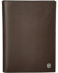 Victorinox Altius Edge Leibnitz Passport Cover W/ Rfid - Brown