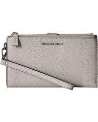 Michael Kors Adele Double-zip Pebble Leather Phone Wristlet - Gray