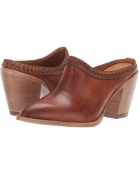 Lucchese Patti - Brown
