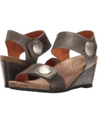 Taos Footwear Carousel 2 - Gray