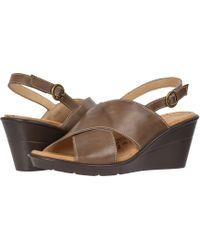 Propet - Luna (khaki) Women's Wedge Shoes - Lyst