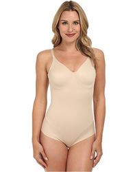 Miraclesuit - Extra Firm Comfort Leg Smooth Molded Cup Bodybriefer - Lyst