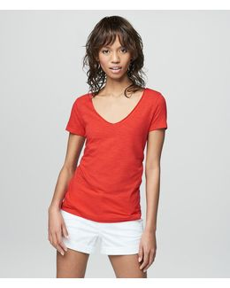 Prince & Fox Solid Hampton V-neck Tee