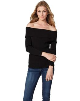 Off The Shoulder Sweater In Black