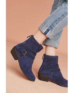 Zela Boots