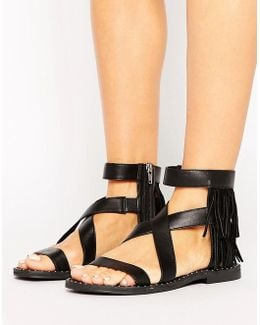 Fringe Leather Flat Sandal
