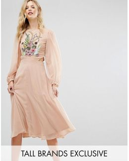 Premium Embellished Top Midi Dress With Cutout Detail