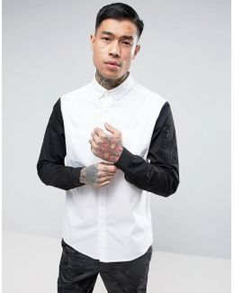 Regular Fit Shirt In White With Sleeve Pocket