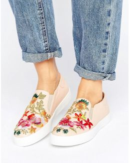 Espy Slip On Embroidered Sneaker
