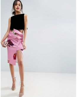 Scuba Pencil Skirt With Bow Detail In Print