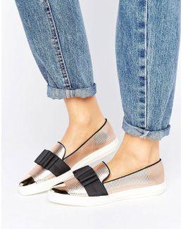Lisa Metallic Bow Point Sneakers
