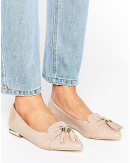 Nikki Pointed Tassel Flat Shoes