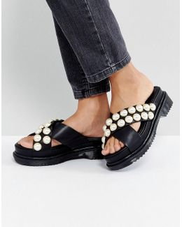 Face Value Pearl Chunky Flat Sandals