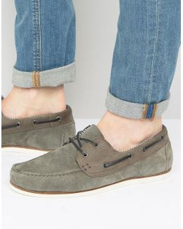 Boat Shoes In Gray Suede With White Sole