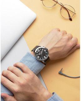 1791298 Smart Watch In Black