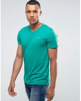 Slim Fit V-neck T-shirt In Green With Seagull Embroidered Logo