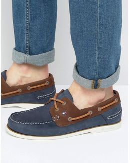Knot Nubuck Boat Shoes
