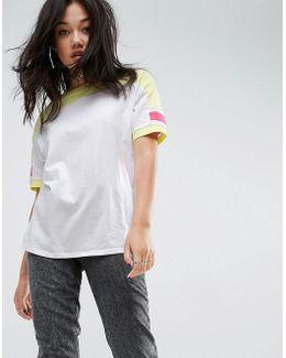 T-shirt In Retro Colour Block