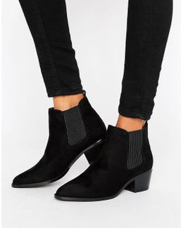 Pointed Chelsea Boot