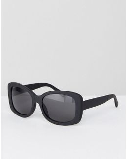 Square Sunglasses In Rubberised Black With Black Lens