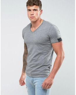 Raw Hem V-neck T-shirt