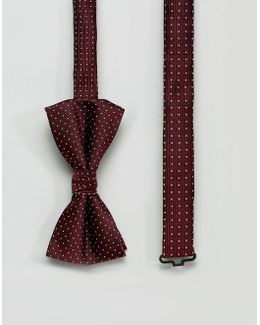 Bow Tie With Spot In Red