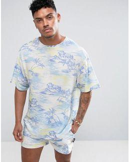 T-shirt In Hawaiian Print