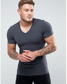 Extreme Muscle Fit T-shirt With V Neck In Washed Black