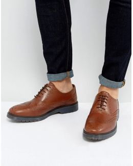 Brogue Shoes In Tan Leather With Ribbed Sole