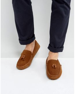 Driving Shoes In Tan Suede With Bead Tassel Details