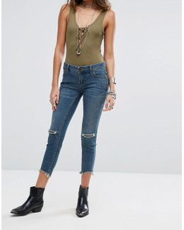Mid Rise Destroyed Ankle Boyfriend Jeans